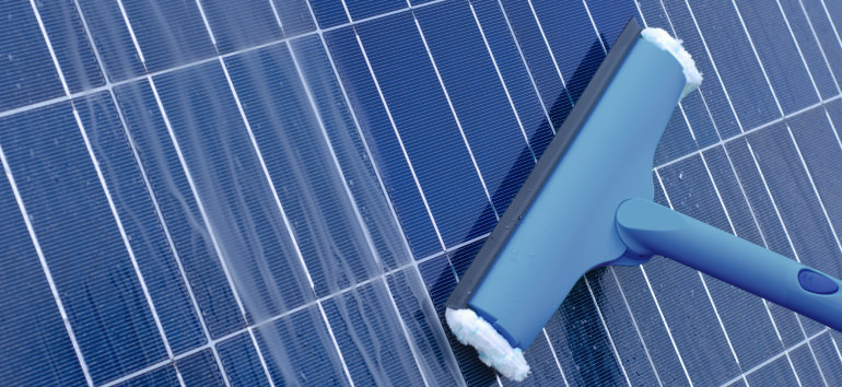 Schmiko Nicko Solar Panel Cleaning Gold Coast and Tweed Coast